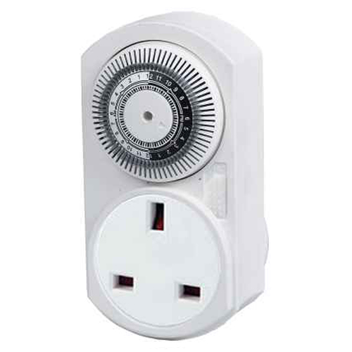 UK 24hrs Mechanical Plug in Timer