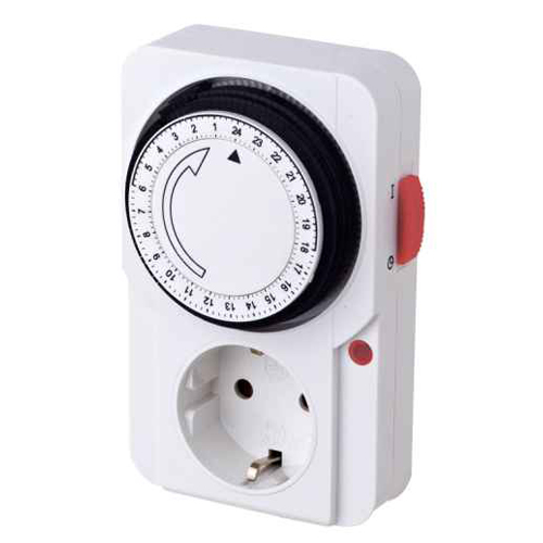 German 24hrs Mechanical Plug in Timer