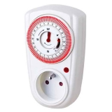 French 24hrs Mechanical Plug in Timer